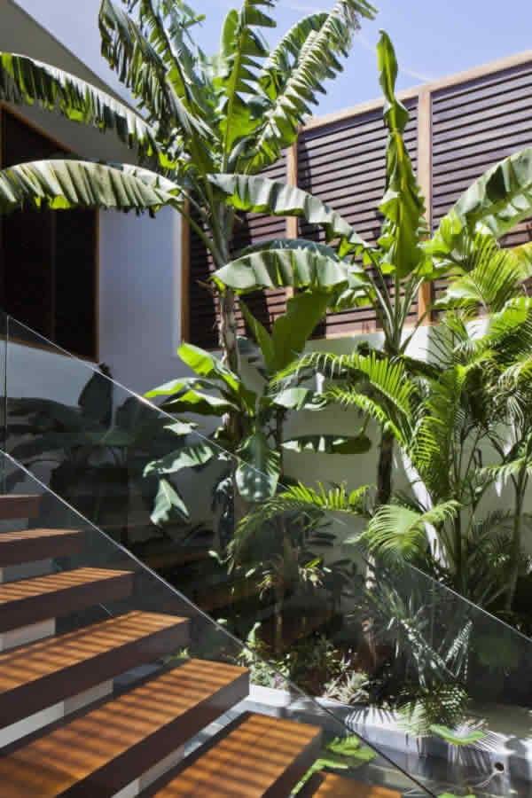 Interior Designer Decorator Civil Contractor Builder Home ConstructionDelhi Villa
